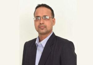 Joydeep Dass, B.Com, CA-I, MBA from XLRI, CAMS.
